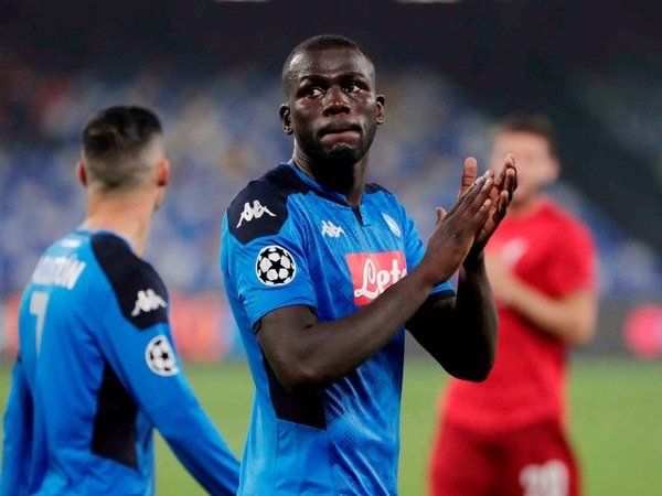 PSG Mundur dari Perburuan Kalidou Koulibaly, Manchester United Terdepan