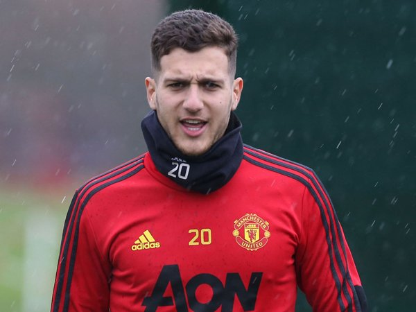Manchester United Ingin Pertahankan Diogo Dalot