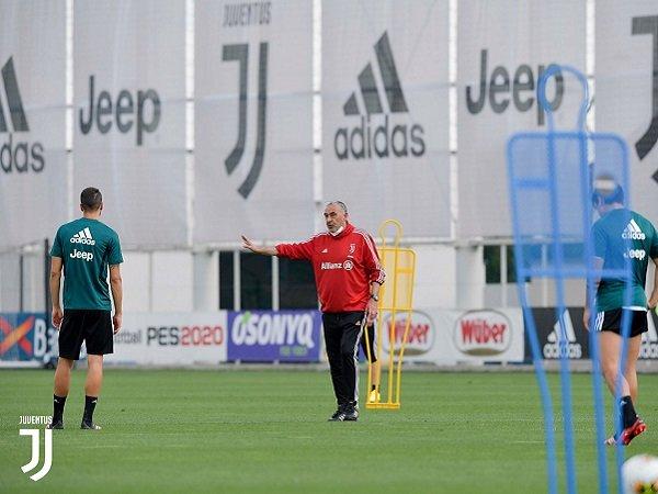Semua Hasil Tes Virus Corona Negatif, Juventus Berlatih dalam Kelompok Lebih Besar