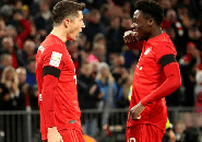 Alphonso Davies Ungkap Alasan Dibalik Julukan Unik Lewandowski