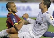 Bukan Messi, Lawan Paling Sulit Alves adalah Ronaldo
