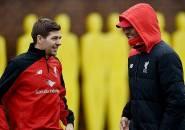 Liverpool Kunci Gelar Juara, Klopp Sampaikan Pesan Khusus Untuk Steven Gerrard