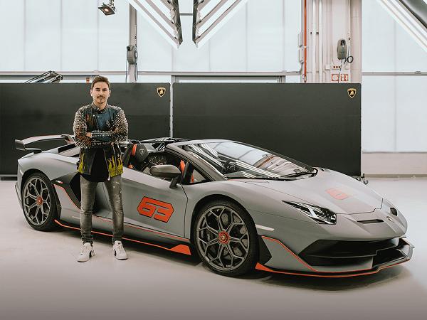 Lorenzo Dirumorkan Makin Dekat dengan Ducati Usai Beli Mobil Mewah