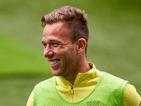 Arthur Melo Tiba di Turin untuk Jalani Tes Medis Bersama Juventus