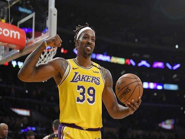 Lakers Berdoa Supaya Dwight Howard Bisa Tampil di Orlando