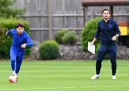 Neville Percaya Jorginho Sudah 'Dibuang' Oleh Lampard