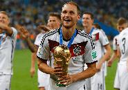 Benedikt Höwedes Resmi Umumkan Pensiun dari Sepakbola
