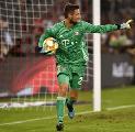 Selangkah Lebih Maju, Celtic Mulai Hubungi Bayern untuk Rekrut Sven Ulreich