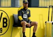 Lucien Favre Tak Tutup Kans Kembalikan Formasi Tiga Bek di Borussia Dortmund