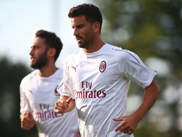 Milan Ingin Rampingkan Skuat, Masa Depan Delapan Pemain Ini Terancam