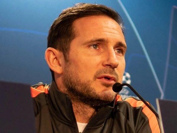 Neville: Lampard Bikin Abramovich Investasi Penuh untuk Chelsea