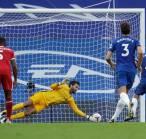 Alisson Becker Percaya Diri Bisa Kembali Clean Sheet saat Hadapi Arsenal