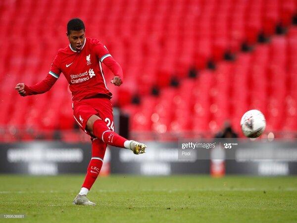 Liverpool masih belum berhasil melepaskan tiga pemainnya yang dipatok berjumlah 60 Juta Pounds/Image: Getty