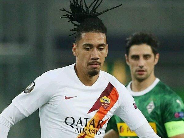 AS Roma kembali ambil langkah untuk rekrut Chris Smalling