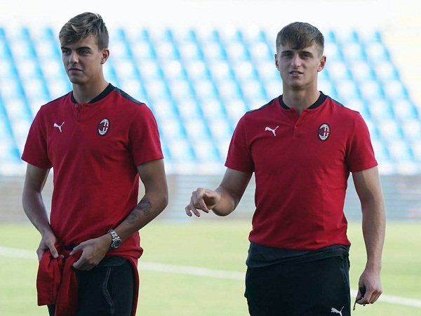 Daniel Maldini bersama Lorenzo Colombo