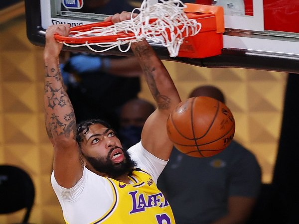Los Angeles Lakers selangkah lagi jadi juara NBA 2020.