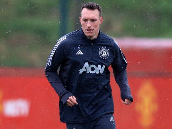 Bek Man United, Phil Jones.