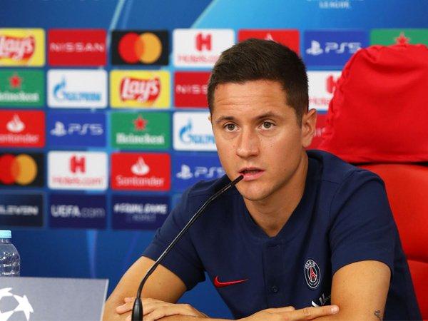 Gelandang Paris Saint-Germain, Ander Herrera.