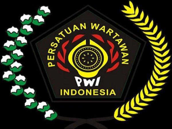 Siwo PWI gulir turnamen golf peringati haornas