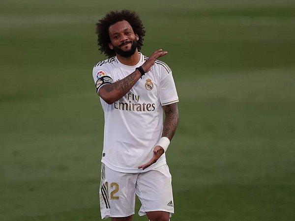 Marca meminta Zidane jangan pasang Marcelo lagi. Images: Getty)