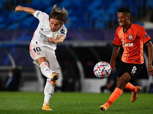 Luka Modric yakin Real Madrid bangkit kontra Barcelona.
