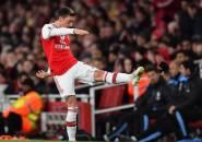 Agen Tuduh Arsenal Cari-cari Alasan untuk Singkirkan Mesut Ozil