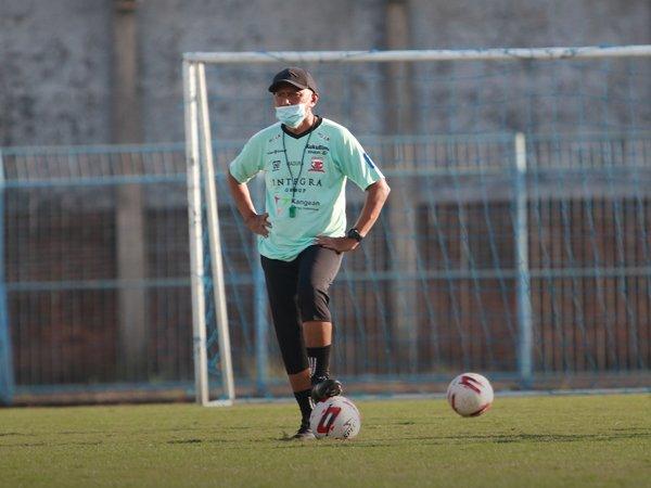 Pelatih Madura United, Rahmad Darmawan tunggu kepastian lanjutan Liga 1 2020