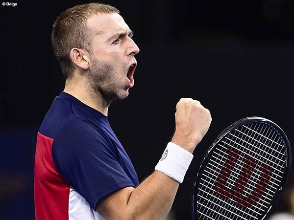 Dan Evans bukukan satu tempat di semifinal European Open, Antwerp