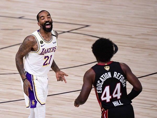 JR Smith sebut skuat Lakers 2020 masih lebih baik dari Cavaliers 2016.