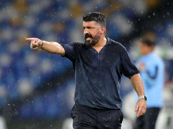 Kinerja apik Gennaro Gattuso menangani Napoli membuat pihak klub ingin menawari sang pelatih kontrak kerja sama anyar.