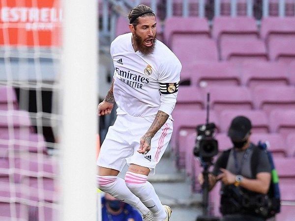Sergio Ramos merasa Barcelona layak diganjar penalti.