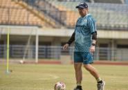 Robert Kukuh Bawa Persib Berlatih Saat Klub Lain Mulai Dibubarkan