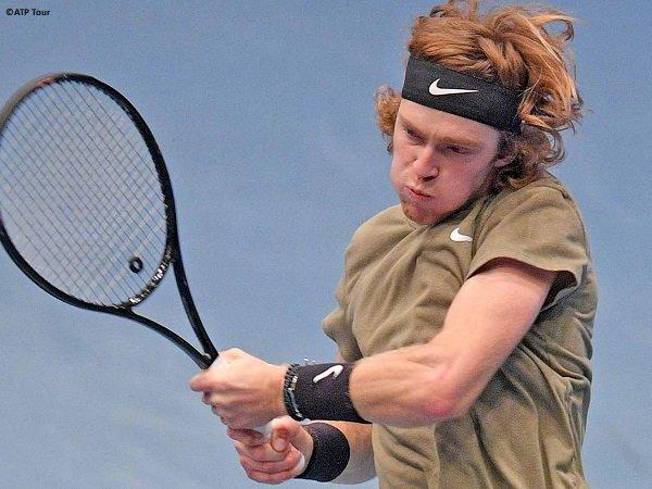 Andrey Rublev berpeluang mengklaim gelar turnamen ATP level 500 ketiga pada musim 2020 di Vienna Open
