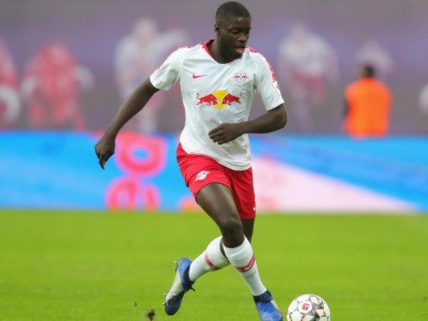 Dayot Upamecano Bisa Sukses di Bayern Munich