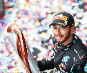 Lewis Hamilton Tak Pernah Menyangka Bisa Samai Rekor Michael Schumacher