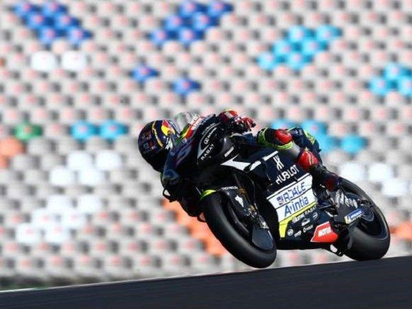 Pebalap Avintia Racing, Johann Zarco meraih Hasil catatan waktu tercepat di FP2 MotoGP Portugal. (Images: Crash)