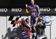 Oliveira Tutup Musim Dengan Kemenangan, Bos KTM Puas