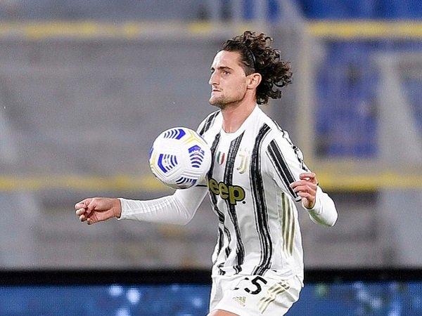 Adrien Rabiot tidak bisa tampil ketika Juventus berhadapan dengan Fiorentina.