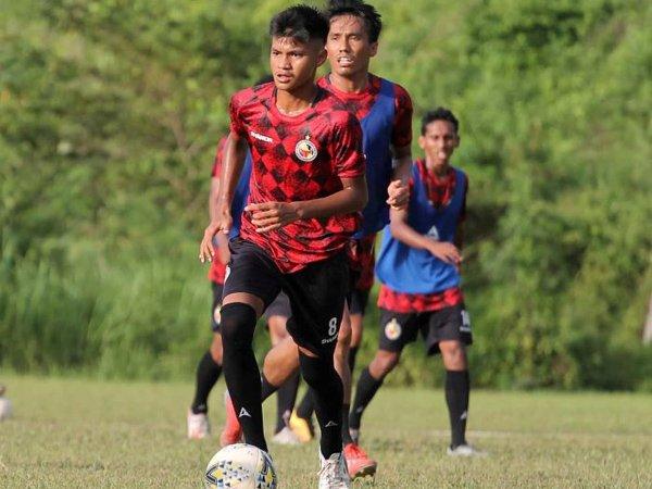 Pemain muda Semen Padang FC, Genta Alparedo