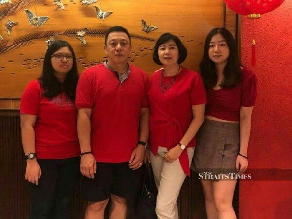 Tak Kembali ke Indonesia, Paulus Firman Rayakan Natal di Kuala Lumpur