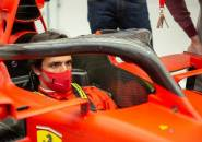Carlos Sainz Jr Tak Khawatir Kariernya Menurun Usai Gabung Ferrari