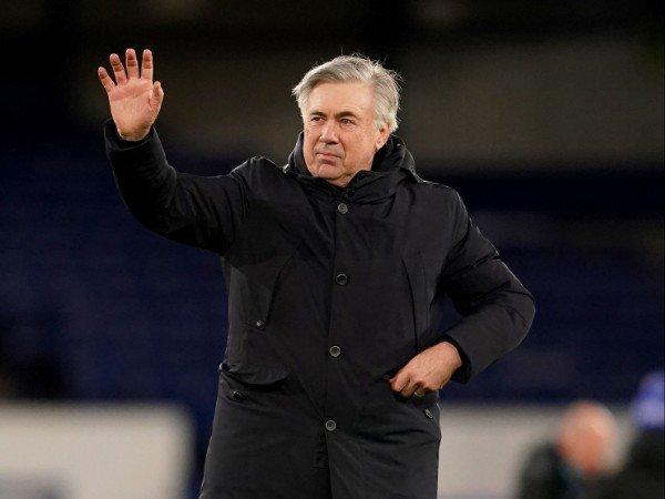 Carlo Ancelotti memberikan dukungan untuk semua orang di Manchester City