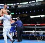 Ryan Garcia Sukses Menang TKO Atas Luke Campbell