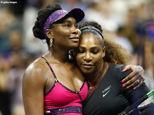 Serena Williams [kanan] melihat sosok sang kakak, Venus Williams [kiri] sebagai inspirasi