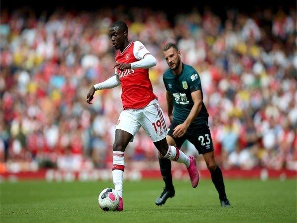Nicolas Pepe diminta untuk tidak bermalas-malasan oleh Loic Remy untuk bisa sukses bersama Arsenal / via Getty Images