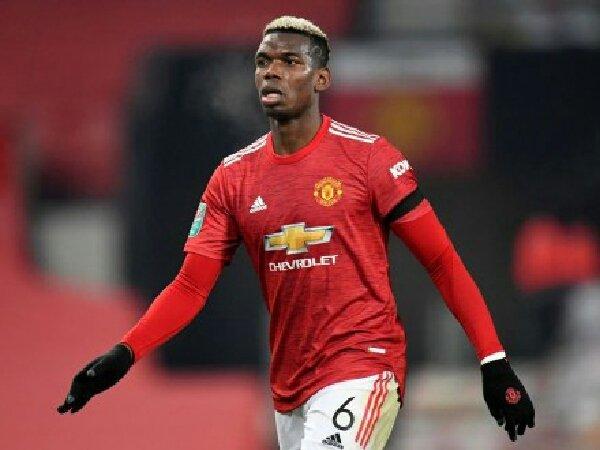 Manchester United dikabarkan siap turunkan harga transfer Paul Pogba