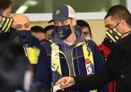 Mengapa Arsenal Tak Kunjung Konfirmasi Transfer Ozil ke Fenerbahce?