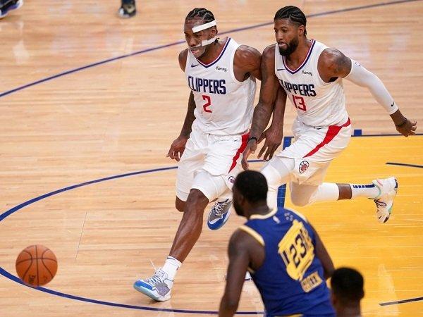 Paul George dan Kawhi Leonard absen bersamaan untuk ikuti protokol kesehatan NBA.
