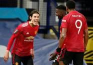 Ian Wright: Edinson Cavani Seharusnya Starter di Manchester United