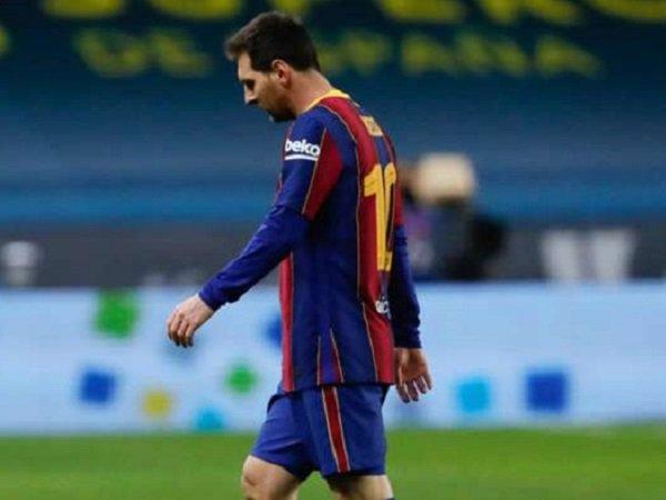 Ronald Koeman sesalkan media Spanyol bocorkan nilai kontrak Lionel Messi.